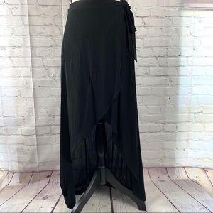 Joe B black rayon skirt